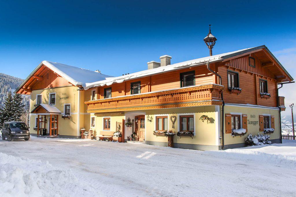 Appartements für Ihren Winterurlaub im Haus in Ennstal, nahe Schladming - Haus Taxegger