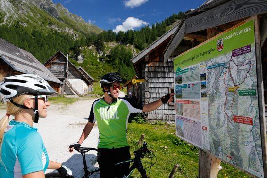 Radfahren in der Urlaubsregion Schladming - Appartements Taxegger in Haus / Ennstal